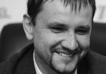 """Володимир В'ятрович: """"Олександр Олесь має бути перепохований в Україні"""""""