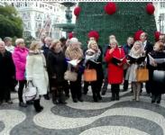 Українці вже колядують в центрі Лісабона (відео)