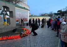 Політв'язні вшанували пам'ять жертв Голодоморів