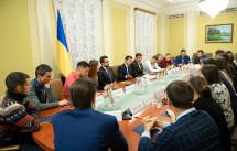 Репортаж: зустріч побитих на Євромайдані студентів із Зеленським
