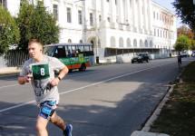 У Полтаві вшанували пам'ять   воїнів російсько-української війни легкоатлетичним забігом (фоторепортаж)