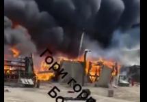 В Воронезькій області загорівся той самий польовий табір, куди перекидали війська (відео)