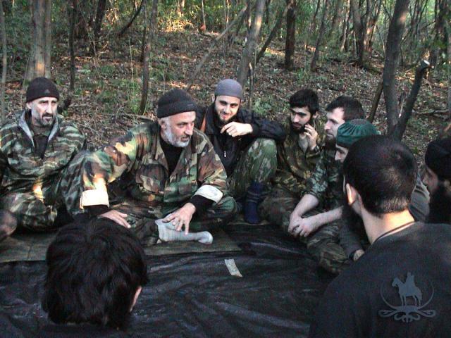 Aslan-Mashadov_withmujaheeds.preview.jpg