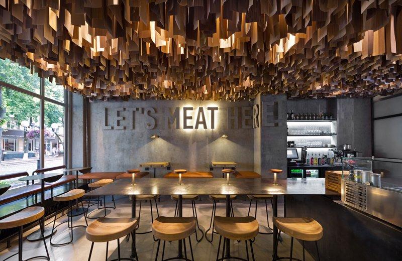 800x520x4-ukr-restaurants-eur-awards-4.jpg.pagespeed.ic.7ENECHCxmW