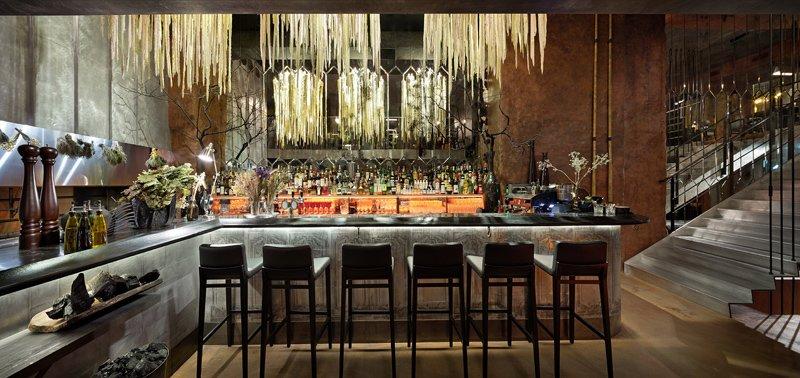 x4-ukr-restaurants-eur-awards-3.jpg.pagespeed.ic.-jsEcTuTtX