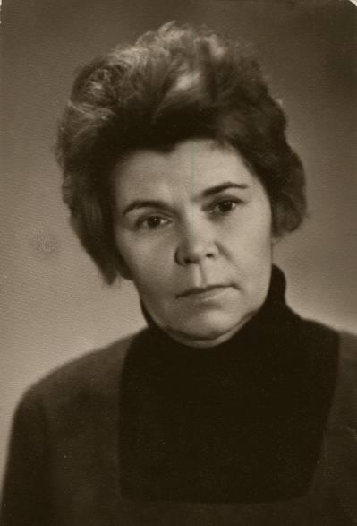 Ніна Караванська (Строката)