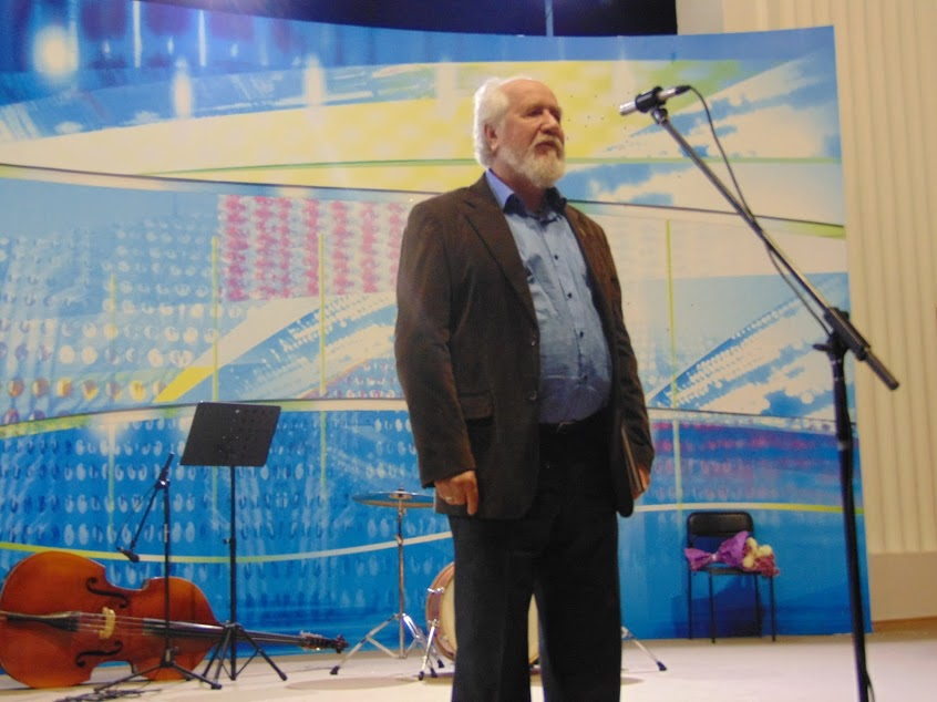 Просвітян з ювілеєм вітає голова спілки художників Юрій Самійленко