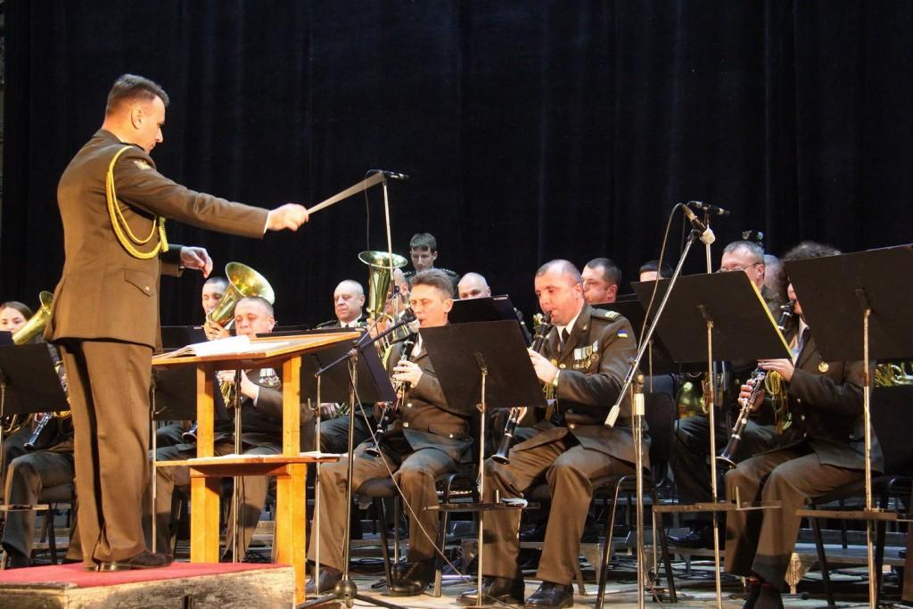 militar-orchestra