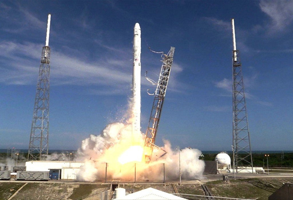 spacex_crs6_day_2-1